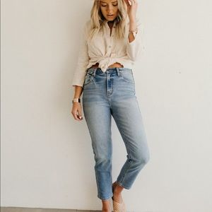 Carly Jean Los Angeles Clarke Cropped Jeans